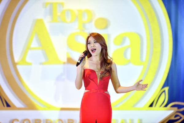 Mỹ Tâm được vinh danh Huyền thoại Âm nhạc Châu Á tại Malaysia 16