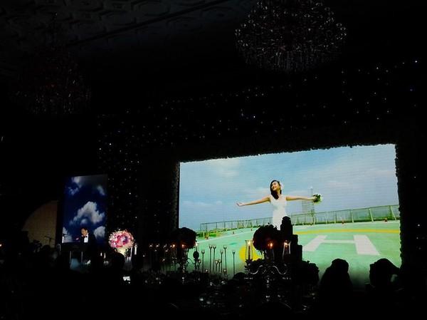Vợ chồng Lam Trường khiêu vũ trên nền giọng hát của Mr.Đàm trong đám cưới 3
