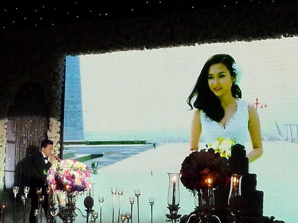Vợ chồng Lam Trường khiêu vũ trên nền giọng hát của Mr.Đàm trong đám cưới 4
