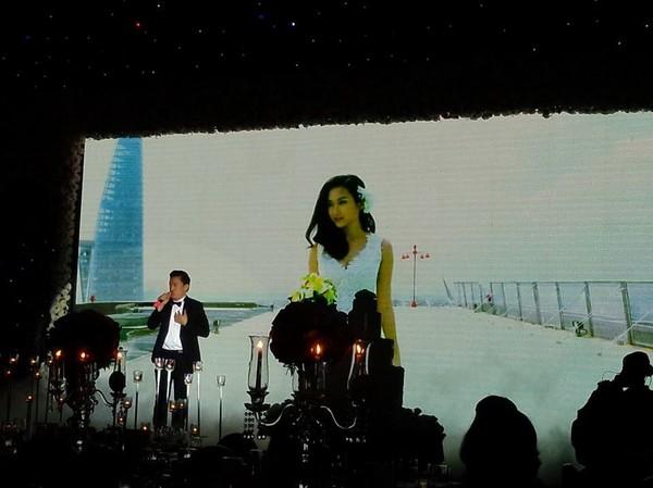 Vợ chồng Lam Trường khiêu vũ trên nền giọng hát của Mr.Đàm trong đám cưới 5
