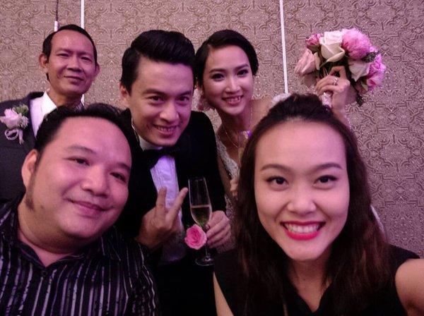 Vợ chồng Lam Trường khiêu vũ trên nền giọng hát của Mr.Đàm trong đám cưới 9
