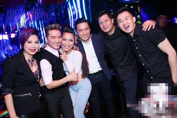"""Lam Trường đưa vợ mới cưới đi """"quậy"""" cùng dàn sao Việt trong bar 11"""