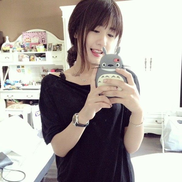 """Top 8 hot girl Việt sở hữu lượng """"follower"""" khủng trên Instagram 40"""