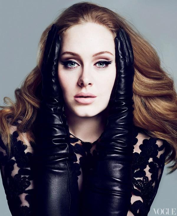 """Adele có thể sẽ """"tái xuất giang hồ"""" tại Oscar 2013 1"""