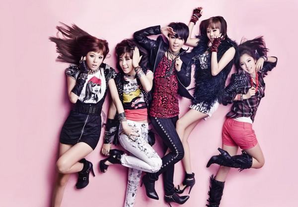 Girlgroup Kpop đã phản ứng ra sao trước chiến thắng đầu tiên? 8