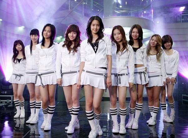 Girlgroup Kpop đã phản ứng ra sao trước chiến thắng đầu tiên? 14
