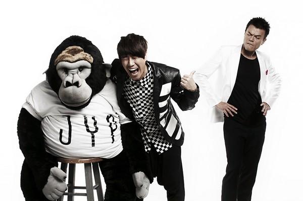 """Những MV Kpop hài """"không đỡ được"""" 10"""