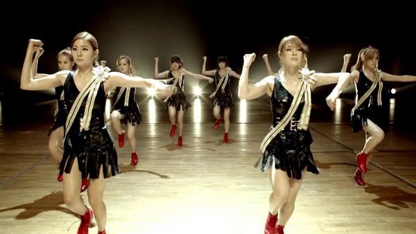 Zoom vào girlgroup chăm chỉ nhất Kpop 2