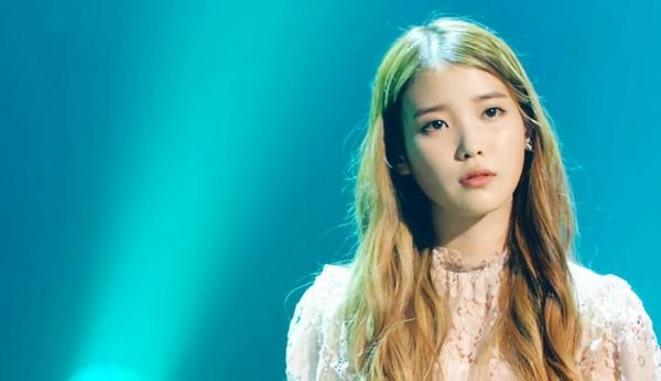 IU thả sức khoe giọng và được nghệ sỹ kỳ cựu khen ngợi 3