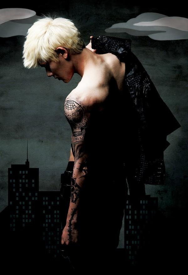 Sao Kpop chuộng vẽ vời trên cơ thể 21