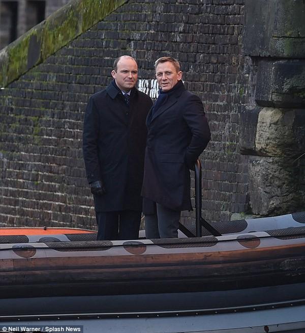 Thần sáng Heimdall sẽ trở thành James Bond tiếp theo 5