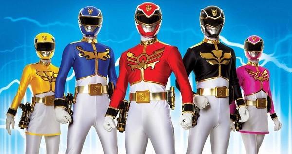 """""""Power Rangers"""" (5 anh em Siêu Nhân) sẽ bấm máy trong năm nay"""