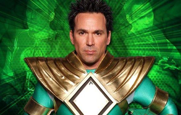 """""""Power Rangers"""" (5 anh em Siêu Nhân) sẽ bấm máy trong năm nay 2"""
