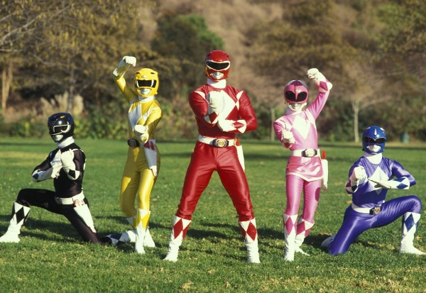 """""""Power Rangers"""" (5 anh em Siêu Nhân) sẽ bấm máy trong năm nay 3"""
