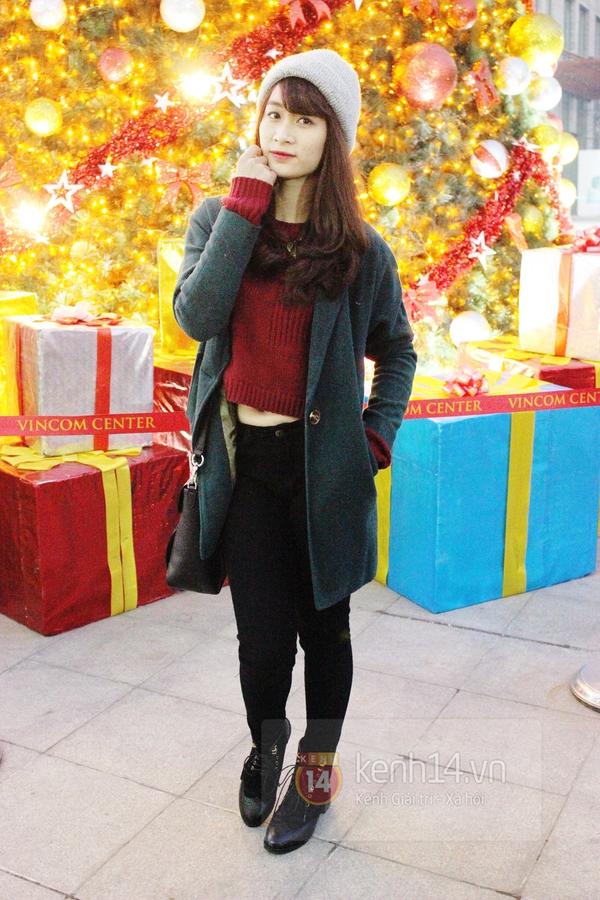 Sắc màu Giáng sinh tràn ngập street style giới trẻ Hà Nội 8