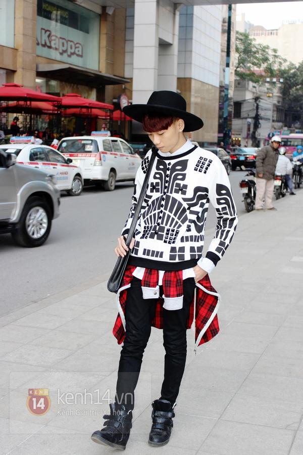Sắc màu Giáng sinh tràn ngập street style giới trẻ Hà Nội 21