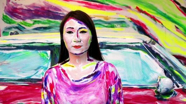 Nghệ sĩ biến ô tô và người thành tranh vẽ 10