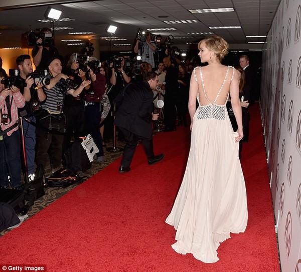 Jennifer Lawrence lộng lẫy như nữ thần giữa dàn sao Hollywood 2