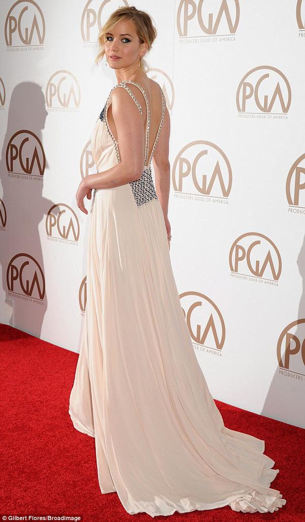 Jennifer Lawrence lộng lẫy như nữ thần giữa dàn sao Hollywood 3
