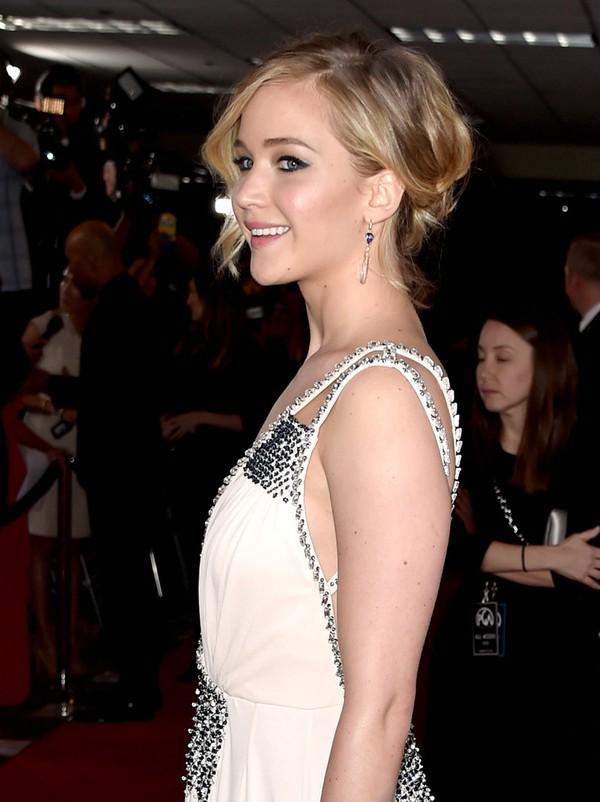 Jennifer Lawrence lộng lẫy như nữ thần giữa dàn sao Hollywood 4