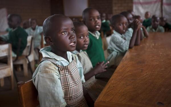 """Đến thăm """"làng HIV châu Phi"""" toàn trẻ mồ côi 7"""