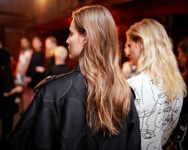 Làm Đẹp Q&A: Chọn kiểu khắc phục tóc mỏng, dầu cho nàng mặt to, trán dô 3