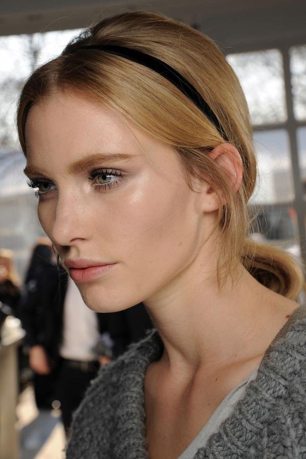 8 cách tận dụng dây ruy băng làm phụ kiện cực xinh và khác biệt cho tóc 1