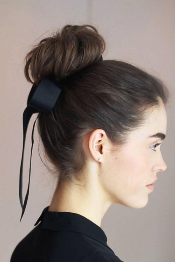 8 cách tận dụng dây ruy băng làm phụ kiện cực xinh và khác biệt cho tóc 4