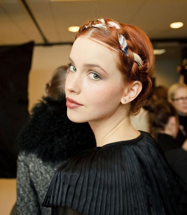8 cách tận dụng dây ruy băng làm phụ kiện cực xinh và khác biệt cho tóc 7
