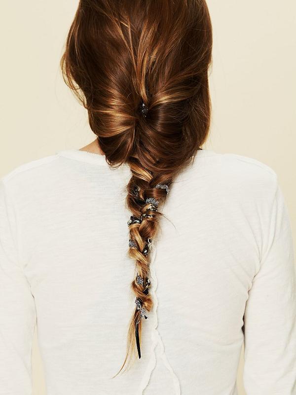 8 cách tận dụng dây ruy băng làm phụ kiện cực xinh và khác biệt cho tóc 6