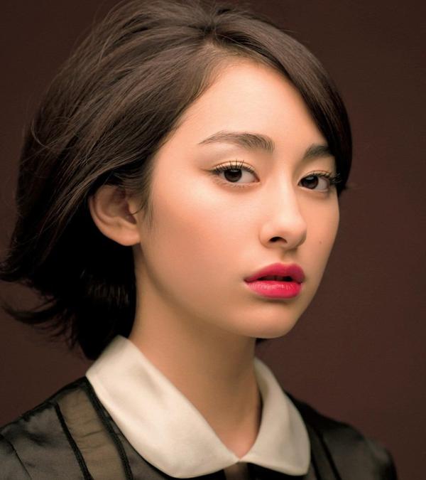 5 cách kẻ eyeliner thích hợp với từng dáng mắt 3
