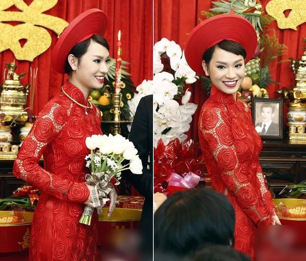 """Vẻ đẹp """"hút hồn"""" đậm chất Việt của sao với áo dài màu đỏ truyền thống 15"""