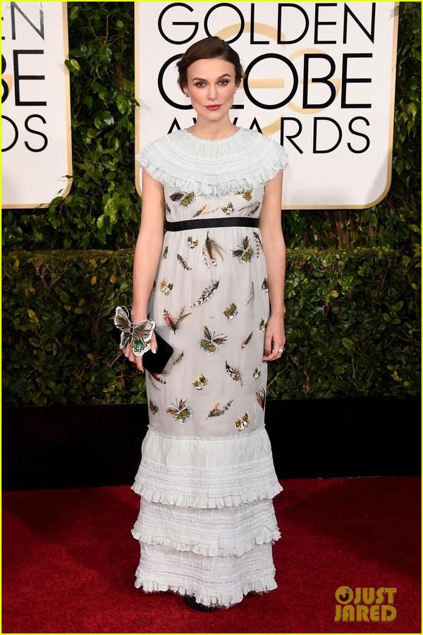 Bóc mác loạt váy áo lộng lẫy của sao tại Quả Cầu Vàng 2015 16