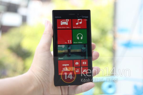 Cận cảnh Nokia Lumia 928 tại Việt Nam 11