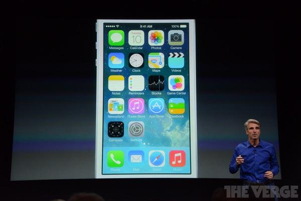 """Toàn cảnh buổi ra mắt """"sản phẩm hot nhất năm"""" iPhone 5s và iPhone 5c 15"""