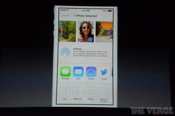 """Toàn cảnh buổi ra mắt """"sản phẩm hot nhất năm"""" iPhone 5s và iPhone 5c 23"""