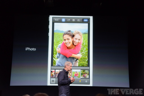 """Toàn cảnh buổi ra mắt """"sản phẩm hot nhất năm"""" iPhone 5s và iPhone 5c 28"""