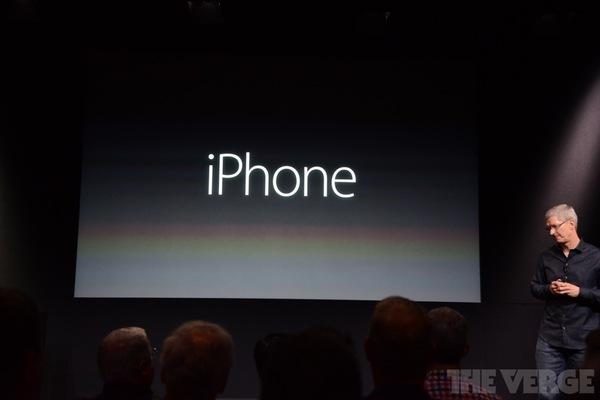 """Toàn cảnh buổi ra mắt """"sản phẩm hot nhất năm"""" iPhone 5s và iPhone 5c 31"""