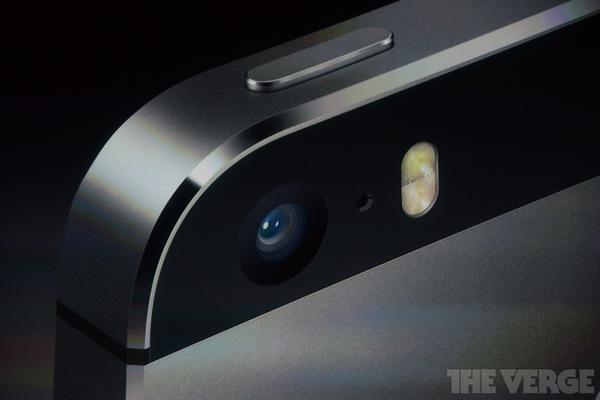 """Toàn cảnh buổi ra mắt """"sản phẩm hot nhất năm"""" iPhone 5s và iPhone 5c 72"""