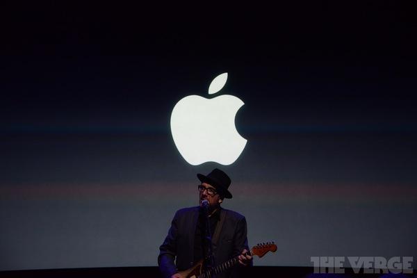 """Toàn cảnh buổi ra mắt """"sản phẩm hot nhất năm"""" iPhone 5s và iPhone 5c 97"""