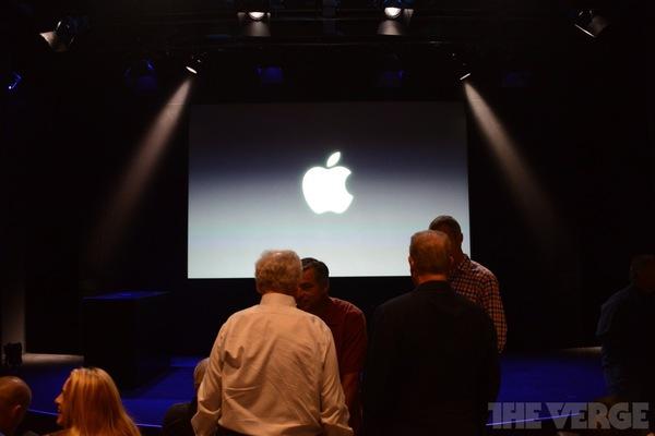 """Toàn cảnh buổi ra mắt """"sản phẩm hot nhất năm"""" iPhone 5s và iPhone 5c 2"""