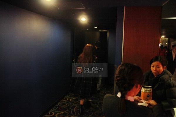 Hậu chia tay, bắt gặp Lê Hiếu đi xem phim cùng gái lạ 10