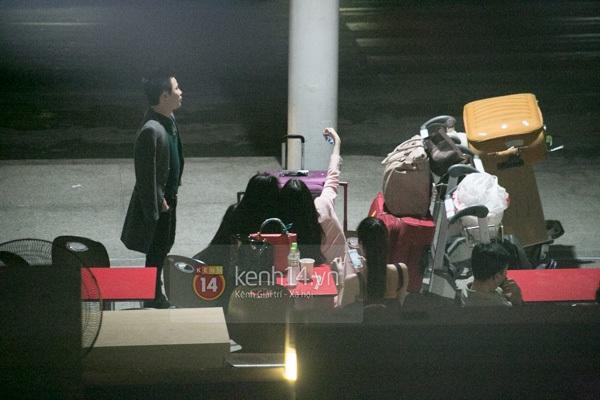 Ngọc Trinh diện quần siêu ngắn nổi bật ở sân bay  7