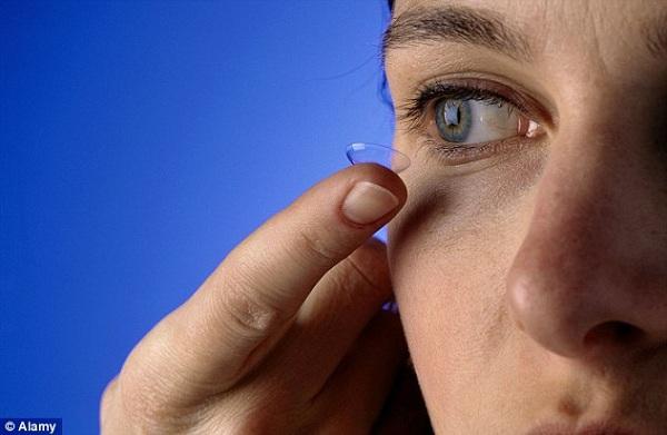 Phương pháp mới chữa cận thị không cần mổ laser 1