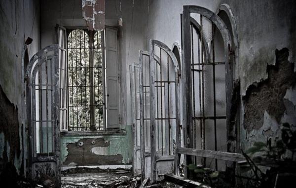 Thăm nhà thương điên bỏ hoang thời chiến tranh 2
