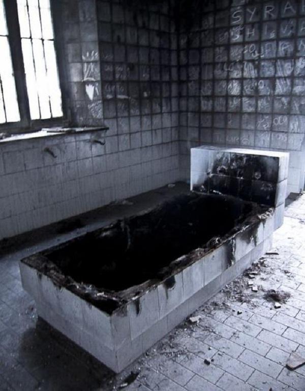 Thăm nhà thương điên bỏ hoang thời chiến tranh 8