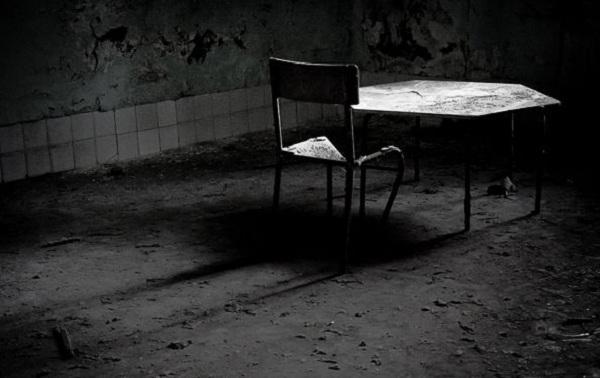 Thăm nhà thương điên bỏ hoang thời chiến tranh 5