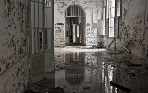Thăm nhà thương điên bỏ hoang thời chiến tranh 4