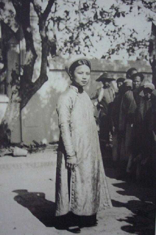 Vẻ đẹp phụ nữ Việt những năm đầu thế kỷ 20 2