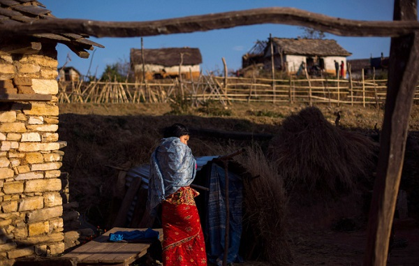 Tục lệ xua đuổi phụ nữ khi đến kỳ kinh nguyệt ở Nepal 8